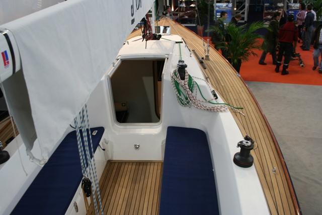bateau j100