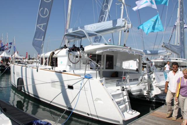 Lagoon 400 - Photo 2