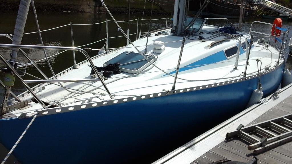 alkaid 850 choisir un bateau. Black Bedroom Furniture Sets. Home Design Ideas
